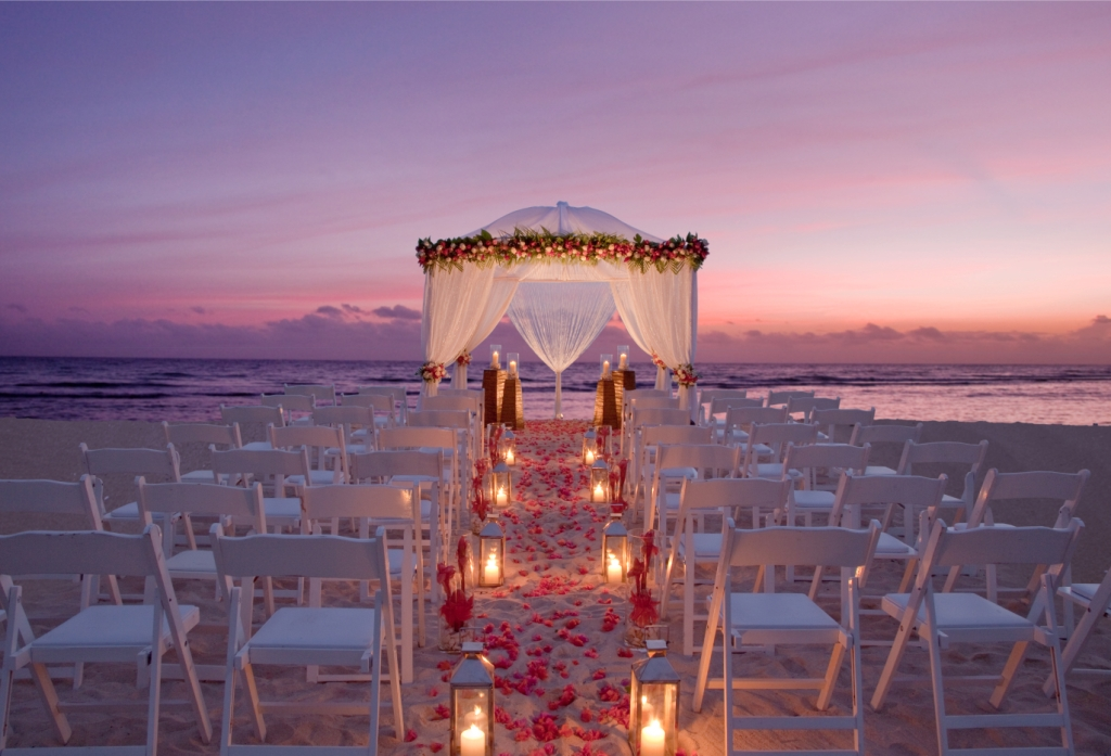Beach Wedding Ceremony: Cabo San Lucas Weddings